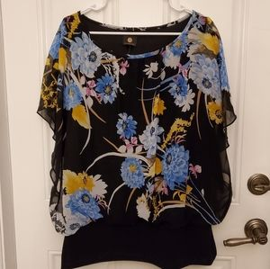 NWT JM Collection XL flutter sleeve so flattering